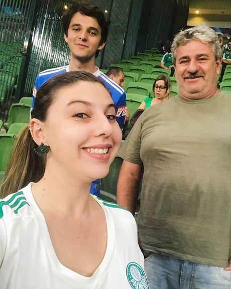 Nathalia costumava frequentar os jogos do Palmeiras com o pai e o irmão