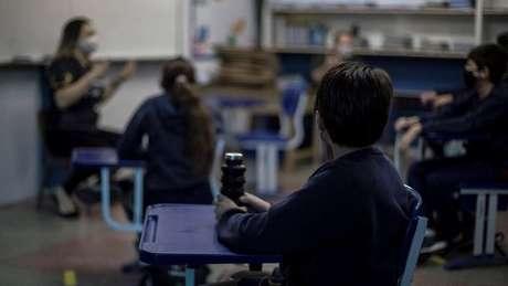 Escola privada no Rio de Janeiro retomou aulas em agosto mas com poucos alunos presentes