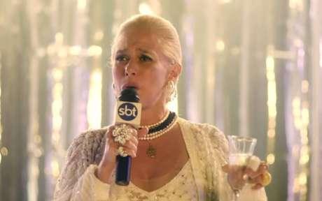 Andréa Beltrão como Hebe Camargo em 'Hebe - A Estrela do Brasil'