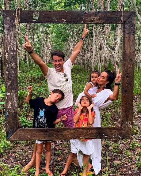 Ricardo Pereira, Francisca e os três filhos do casal: ator é pai presente e participativo