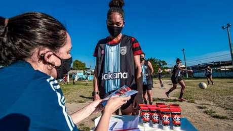 'Nação Solidária' do Flamengo ajudou atletas do Cosmos - Marcelo Cortes / Flamengo