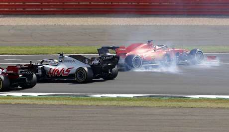 Sebastian Vettel rodou sozinho