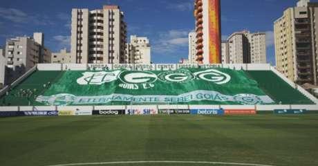 Estádio Hailé Pinheiro receberia jogo entre Goiás e São Paulo neste domingo (Foto: Reprodução/Twitter Goiás)