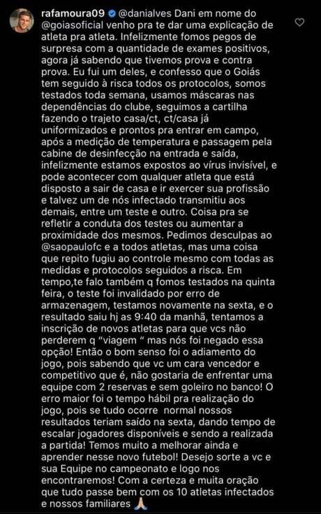 Rafael Moura respondeu o desabafo de Daniel Alves após a suspensão da partida entre Goiás e São Paulo (Foto: Reprodução/Instagram)