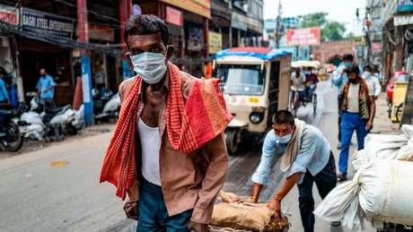 A Índia agora tem o maior número de casos diários de covid-10 no mundo