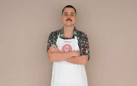 Thiago, de 27 anos, se inspira no avô para cozinhar pratos da gastronomia casual. É dono de uma agência de publicidade.