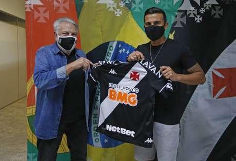 O atacante Guilherme Parede foi anunciado oficialmente pelo Vasco. O clube carioca também confirmou as chegadas de Marcelo Alves e Ygor Catatau. (Foto: Divulgação/Rafael Ribeiro)