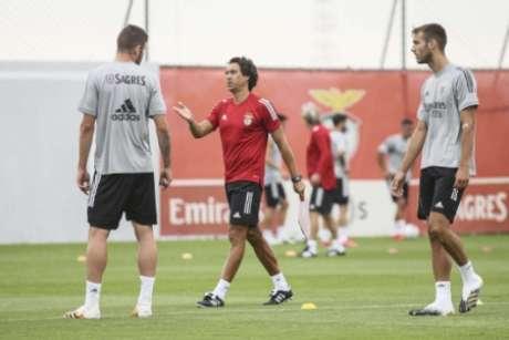 João de Deus em treino do Benfica (Foto: Divulgação / Benfica / Site oficial)
