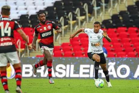 Jair ajudou o Galo a manter o resultado de 1 a 0 no Maracanã contra o Flamengo-(Bruno Cantini/Atlético-MG)