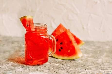 Guia da Cozinha - 7 bebidas infalíveis na hora de curar a ressaca