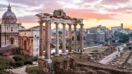 Como essas ruínas romanas, edifícios de hoje permaneceriam reconhecíveis no futuro