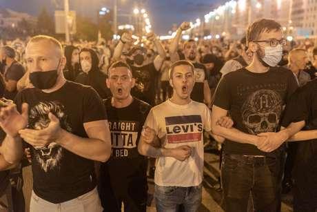 Apoiadores da oposição em Belarus protestam em Minsk 10/08/2020 Jedrzej Nowicki/Agencja Gazeta/via REUTERS