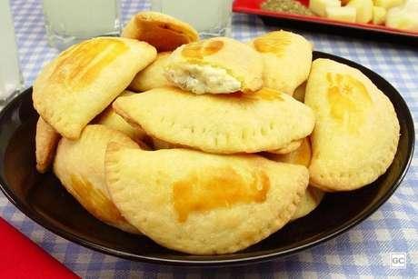 Guia da Cozinha - Receitas de pastel assado: 11 opções para fazer na airfryer e forno