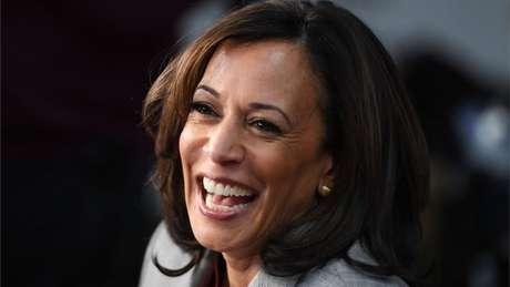 O candidato democrata à presidência dos EUA, Joe Biden, anunciou que Kamala Harris, senadora pela Califórnia, será sua companheira de chapa contra Trump.