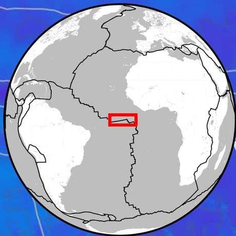 Terremoto ocorreu na zona de ruptura Romanche, no limite das placas sul-americana e africana