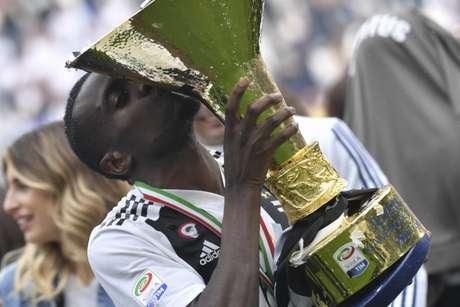 Matuidi conquistou cinco títulos com a camisa da Juventus, incluindo três Italianos (Foto: AFP)