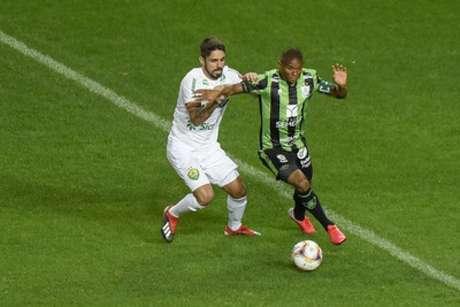 O Coelho teve uma noite de pouco futebol, apesar da luta da equipe diante do Cuiabá-(Mourão Panda/América-MG)