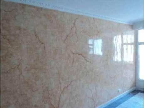 23- Nas reformas, as paredes com marmorato transformam o ambiente e valorizam o imóvel. Fonte: Pinterest