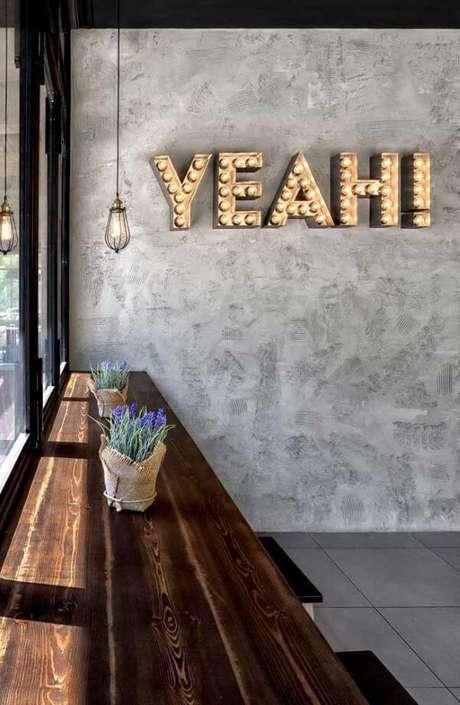 66. Marmorato cinza na decoração da sala de estar – Via: Pinterest