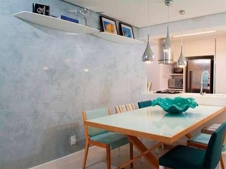 36- A marmorização tem como objetivo a valorização de móveis e objetos decorativos. Aposte no marmorato. Fonte: Tinturas Tristão