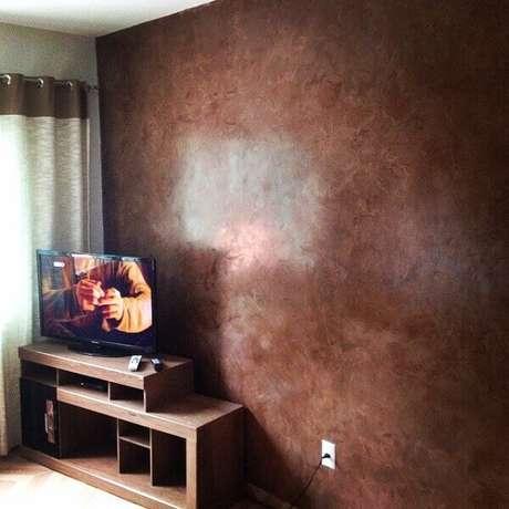 45- A aplicação de marmorato produz em efeito de pedra natural nas paredes. Fonte: Pinterest