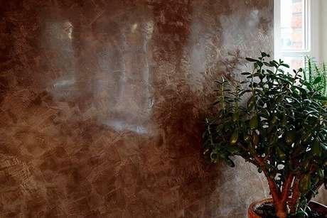 6- A aplicação de marmorato produz um efeito brilhante na parede. Fonte: Pintor Joinville