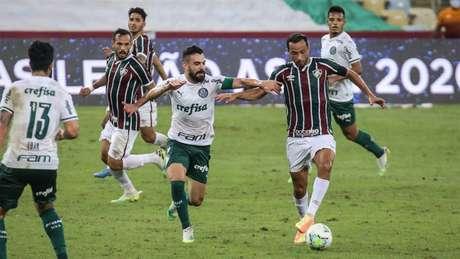 Fluminense apenas empatou com o Palmeiras no Maracanã nesta quarta (Foto: LUCAS MERÇON / FLUMINENSE FC)