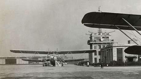Duas novas torres foram erguidas após a construção da primeira, em Croydon