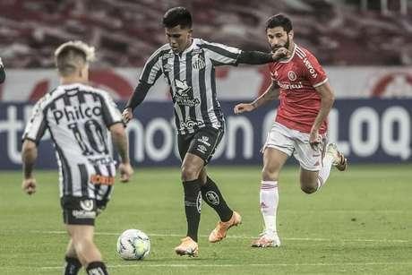 Ivonei é uma das promessas do Santos para a atual temporada (Foto: Ivan Storti/Santos FC)