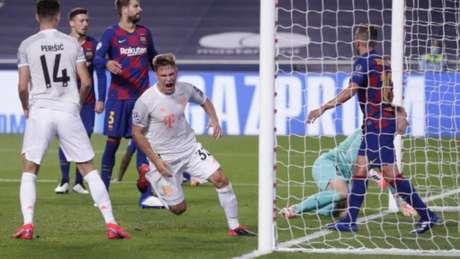 O Bayern de Munique enfiou 8 x 2 no Barcelona.