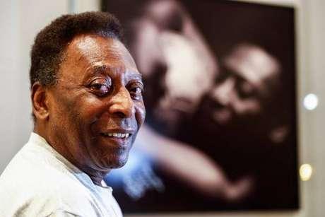 Pelé foi cobrado na Justiça por pensão para ex-mulher e filhos