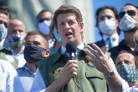 O ministro do Meio Ambiente, Ricardo Salles, participa da cerimônia de reabertura do monumento Cristo Redentor