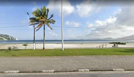 Jovem foi morto por pescadores em praia da região do Jardim Enseada, no Guarujá.