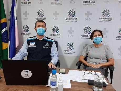 A superintendente do Hospital, Rita Checon, durante pronunciamento nas redes sociais.