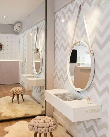 22. Penteadeira suspensa com espelho adnet – Via: Arquitetura Alana