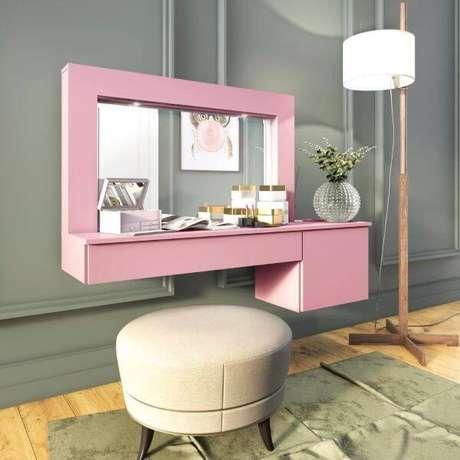 45. Penteadeira suspensa cor de rosa com gaveta – Via: Movel Bento