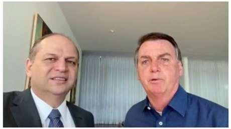 Ricardo Barros, líder do governo na Câmara, eo presidente Jair Bolsonaro