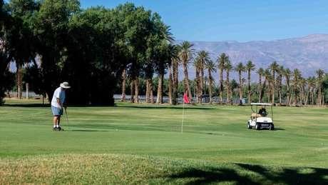 A cidade de Furnace Creek tem o campo de golfe mais baixo do mundo