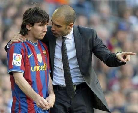 Messi e Guardiola podem reeditar parceria do Barcelona no Manchester City (Foto: AFP / LLUIS GENE)
