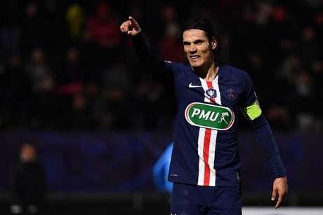 Cavani tem feito jogo duro nas negociações e segue sem clube para a próxima temporada (AFP)