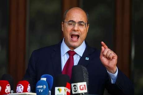 Governador do Rio de Janeiro, Wilson Witzel, faz promunciamento após ser afastado do cargo 28/08/2020 REUTERS/Pilar Olivares