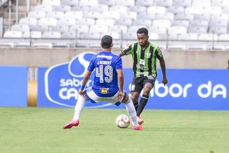 No único duelo do ano, Raposa e Coelho ficaram empatado em 1 a 1 em jogo válido pelo Campeonato Mineiro-Mourão Panda/América-MG)