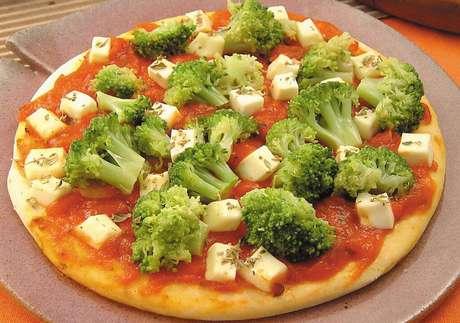 Guia da Cozinha - 11 receitas práticas de minipizza para sextar em casa