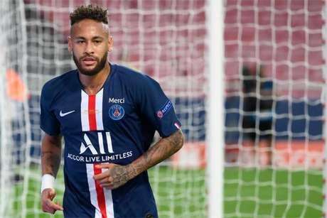 Relação entre Neymar e Nike deve chegar ao fim após 15 anos (Foto: LLUIS GENE / POOL / AFP)