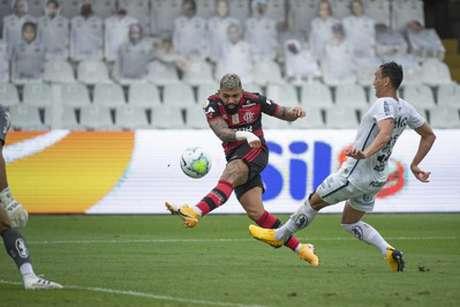 O camisa 9 Gabriel Barbosa em ação pelo Flamengo, no último domingo (Foto: Alexandre Vidal / Flamengo)
