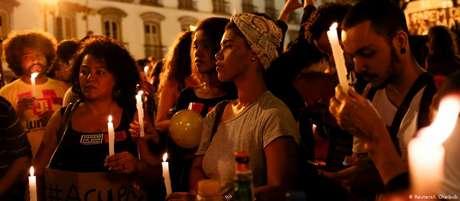 """Protesto contra violência policial no Rio de Janeiro: """"vítimas são na grande maioria a população negra, jovem, favelada"""""""