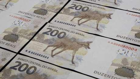 Nota de R$ 200, lançada pelo governo Jair Bolsonaro, passa a circular nesta quarta-feira no Brasil