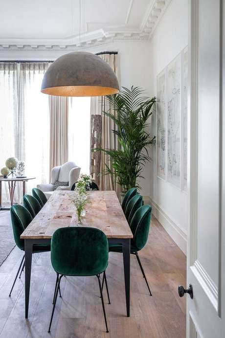 25. Mesa pé palito com cadeira verde – Via: Pinterest