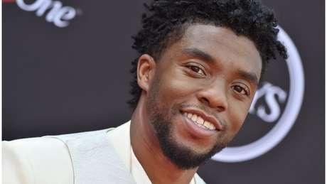 Chadwick Boseman disse que recebeu sinais assustadores de que faria o papel do rei T'Challa