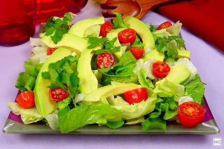 Guia da Cozinha - 7 saladas práticas para provar e incluir no cardápio